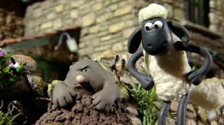 Shaun The Sheep - Season 1, Episode 12 (Mountains Out Of Molehills)