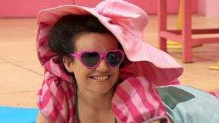 hoopla doopla! - Season 1, Episode 50 (Mimi's Holiday)